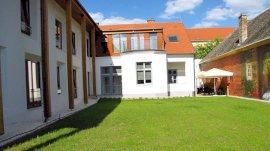 Hotel Pilvax Kalocsa  - nyugdíjas akció